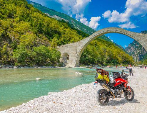 Ιστορικό Γεφύρι Πλάκας – Historic Plaka Bridge